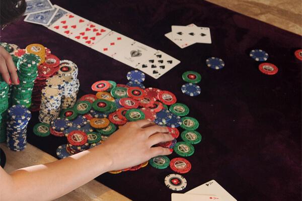 Chip poker