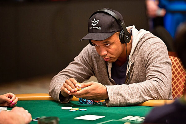 Mẹo chơi poker