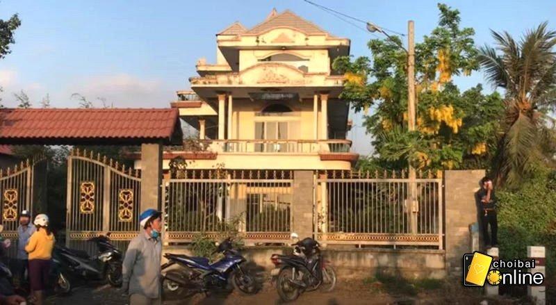 căn nhà hoang tuấn khỉ