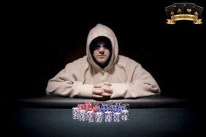 bí quyết chơi poker giỏi