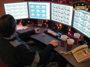 Chơi Nhiều Bàn Poker Online