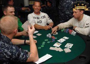 Poker hay