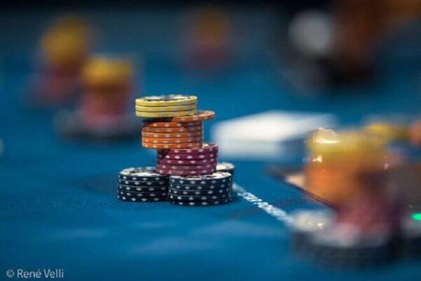 Làm chủ tư duy về lối chơi trong poker có quá khó?